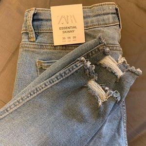Zara Essential Skinny Jeans Mid-rise